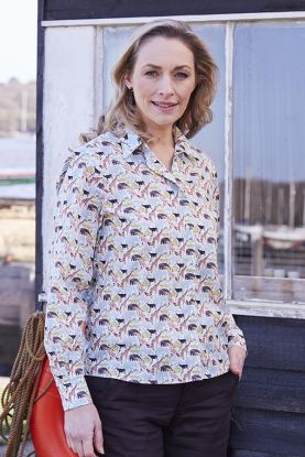 Queue For The Zoo Liberty Print Shirt